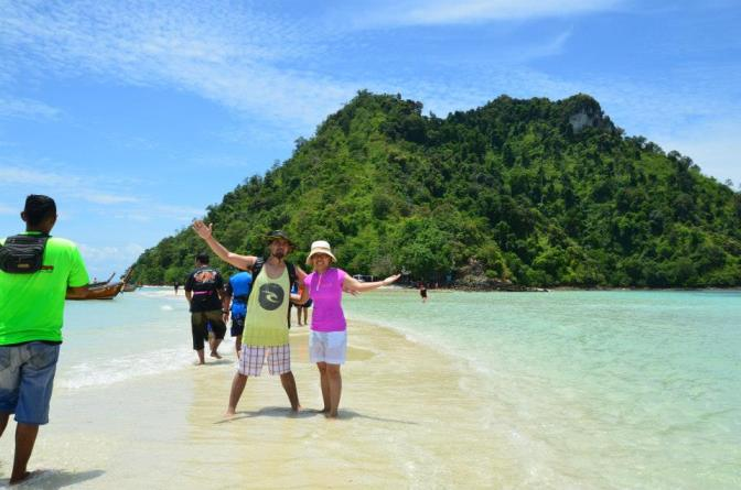 KRABI, THAILAND HOLIDAY TOUR